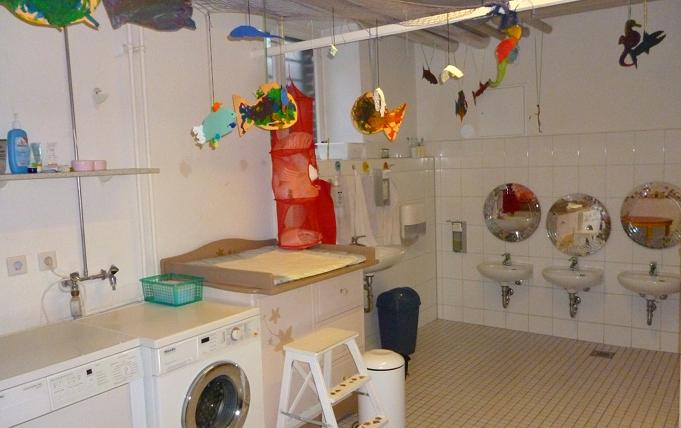 Badezimmer: Auf Kinderhöhe